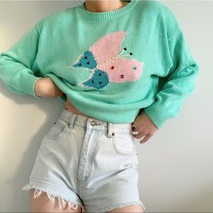 💙5/$30 Vintage Sweater Butterfly Embroidered